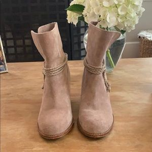 Splendid Block Heel Suede Booties (Size 7)